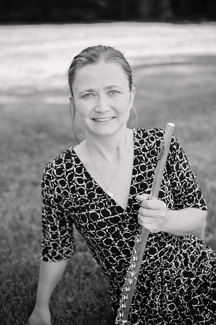 portrait of Maestro Makers flute instructor Carolyn Atwell
