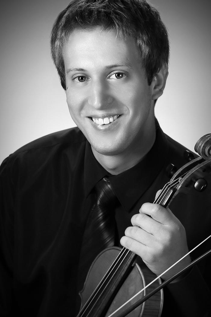 portrait of Maestro Makers violin instructor Peter Miliczky